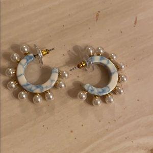 NWOT Lele Sadoughi Pearl Block Marble Hoops